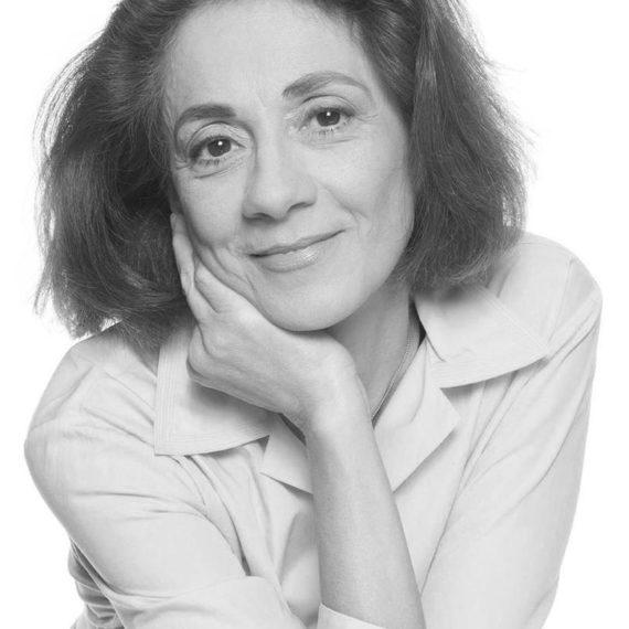 Manina Zoumpoulaki bw